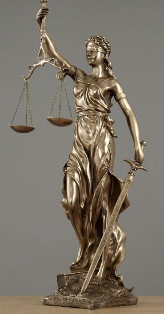 jasa pengacara,jasa advokat,konsultan hukum,bantuan hukum
